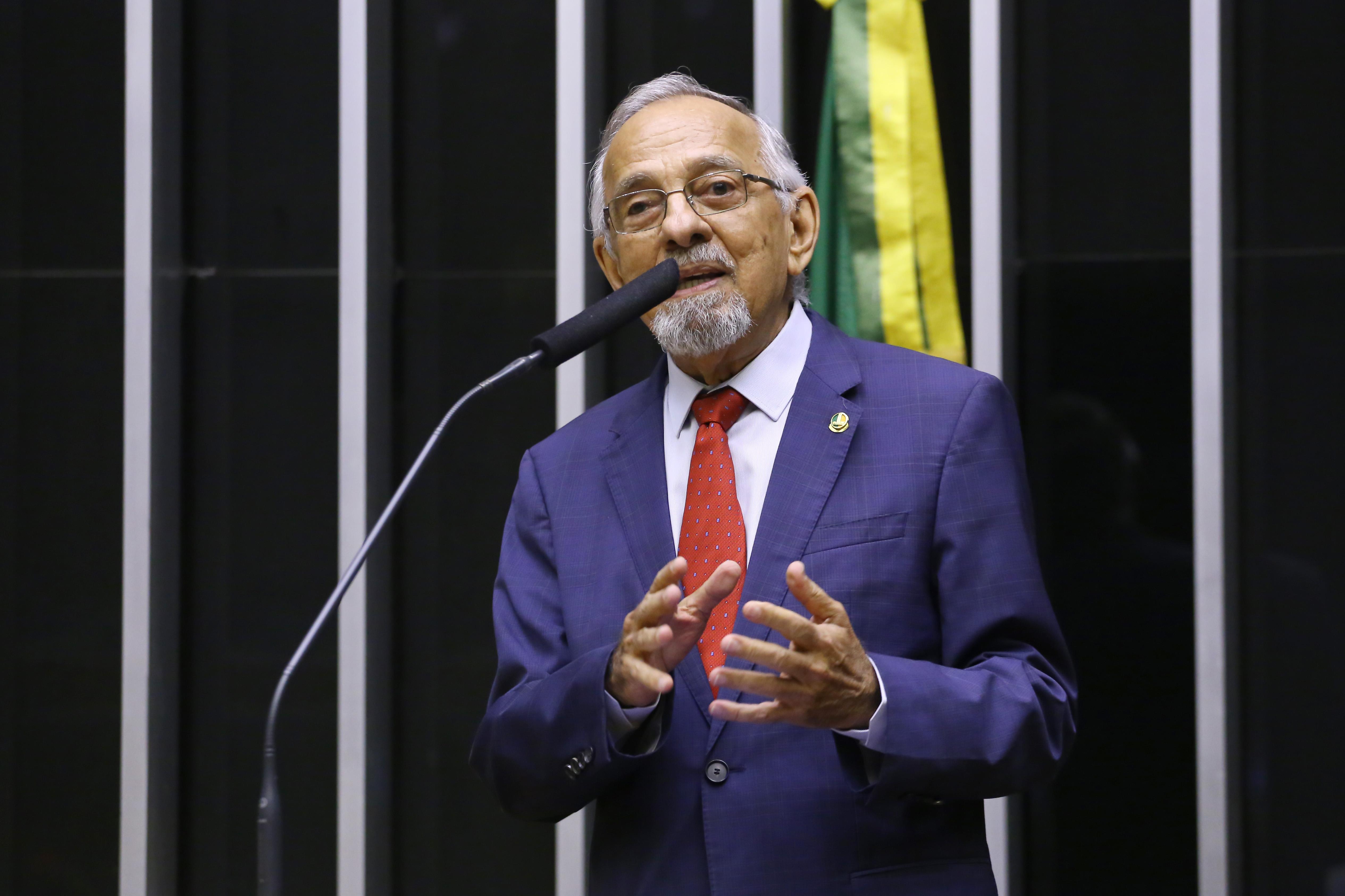 Outorga do Prêmio Transparência e Fiscalização Pública. Ex-Governador do Amapá, João Alberto Capiberibe