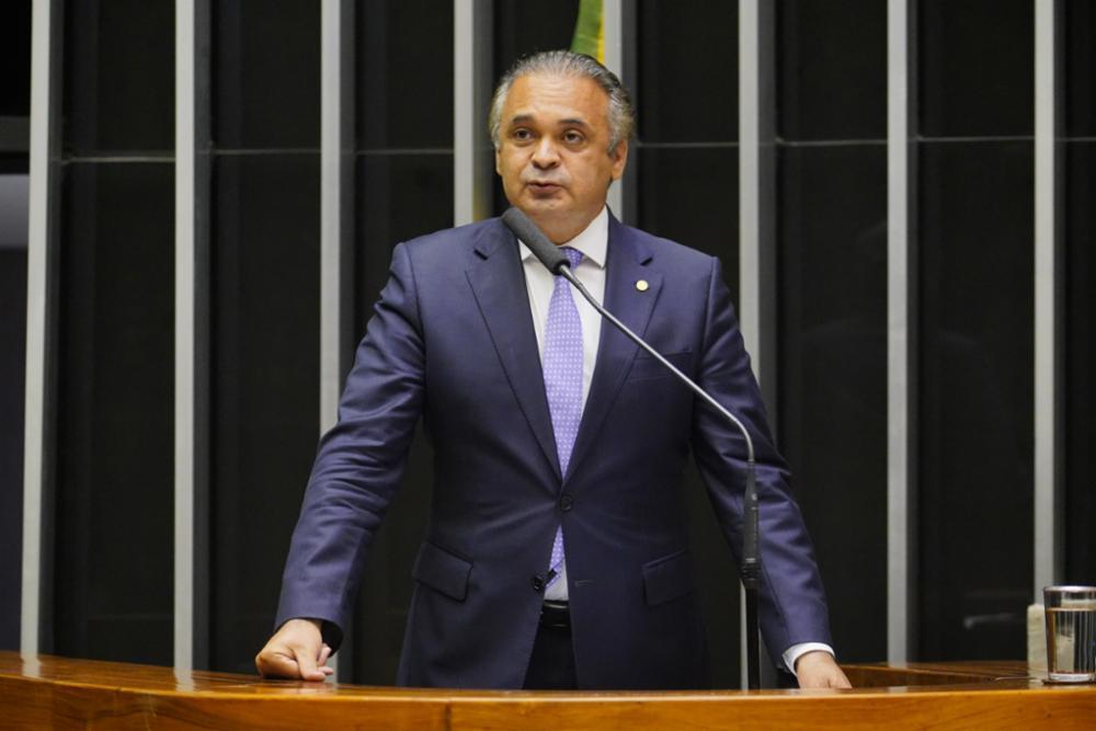 Discussão e votação de propostas. Dep. Roberto de Lucena PODE - SP