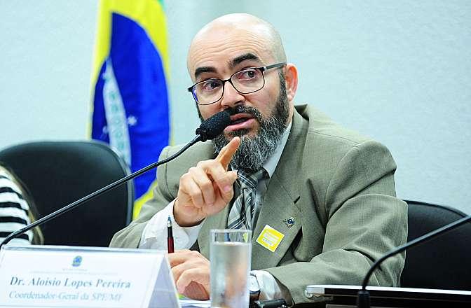 Audiência pública sobre os mecanismos financeiros e tributários para uma economia de baixo carbono. Coordenador-geral da Secretaria de Política Econômica do Ministério da Fazenda, Aloisio Lopes Pereira