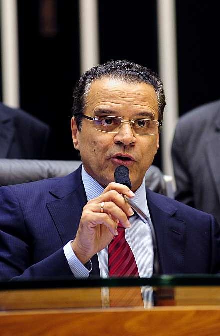 Sessão Extraordinária - discussão da PEC 565/2006. Presidente da Câmara Henrique Eduardo Alves