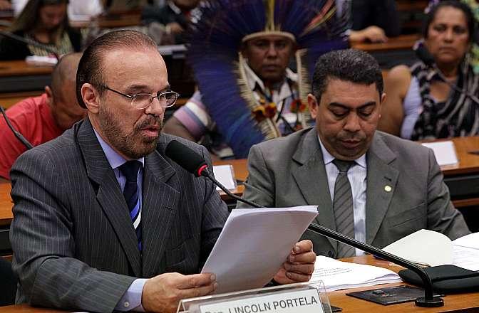 Reunião do Grupo de Trabalho de Terras Indígenas para a apresentação e votação do relatório final. Coordenador do grupo, dep. Lincoln Portela (PR-MG)