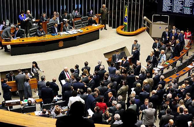 Sessão Extraordinária - votação da MPV 615/2013