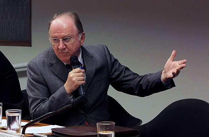 Audiência pública sobre os estados e municípios. Presidente da Confederação Nacional dos Municípios (CNM), Paulo Ziulkoski