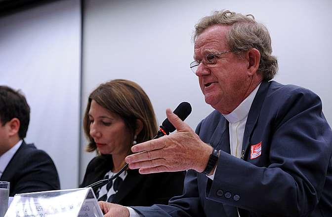 Audiência pública sobre os Movimentos Sociais. Representante da Confederação Nacional dos Bispos do Brasil (CNBB), dom Guilherme Antonio Werlang