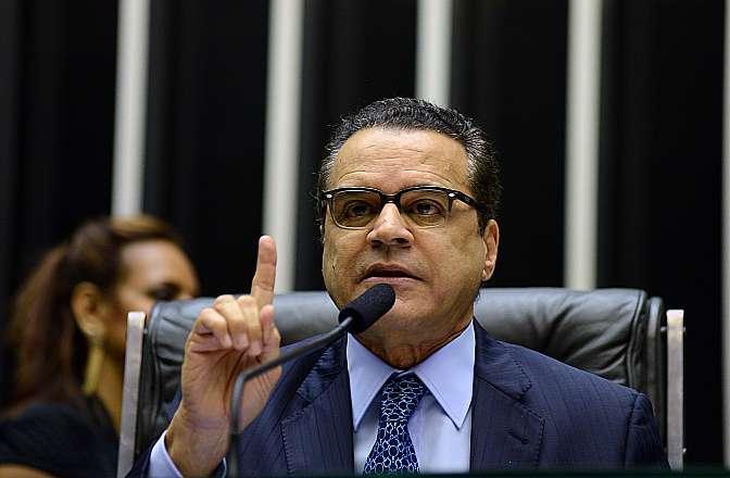 Comissão Geral sobre o Projeto de Lei que regulamenta o trabalho terceirizado no Brasil (PL 4330/04). Presidente da Câmara, dep. Henrique Eduardo Alves (PMDB-RN)