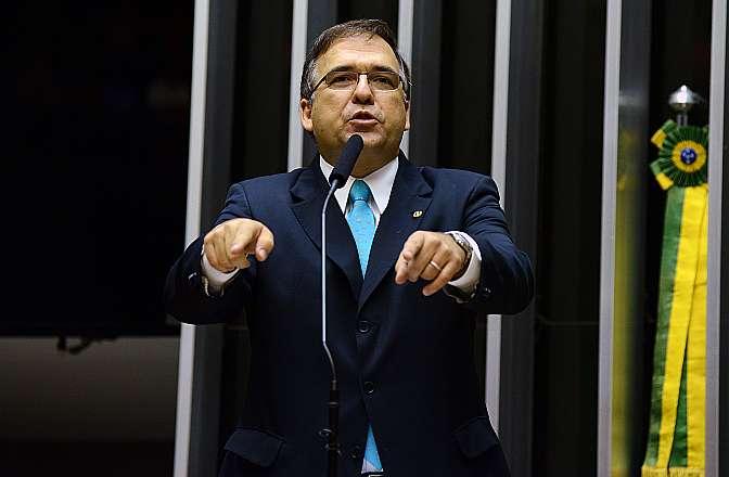 Comissão Geral sobre o Projeto de Lei que regulamenta o trabalho terceirizado no Brasil (PL 4330/04). Dep. Sandro Mabel (PMDB-GO)