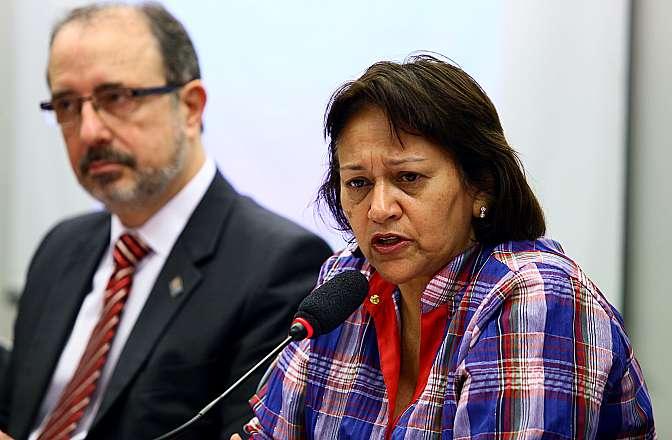 Audiência pública sobre as políticas públicas para o livro, leitura e biblioteca. Dep. Fátima Bezerra (PT-RN)