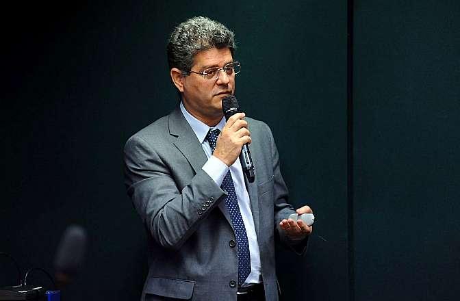 Audiência pública sobre legislação de patentes em Biotecnologia. Diretor de Patentes do Instituto Nacional de Propriedade Industrial (Inpi), Julio Cesar Castelo Branco Reis Moreira