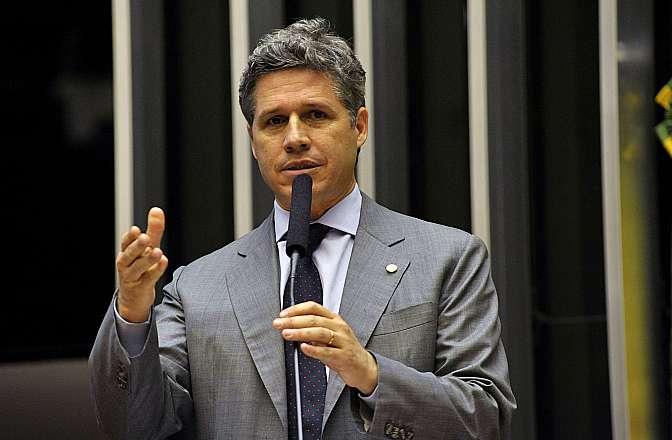 Votação do projeto de lei do novo Código de Processo Civil (PL 8046/10, apensado ao PL 6025/05). Relator do Código, dep. Paulo Teixeira (PT-SP)