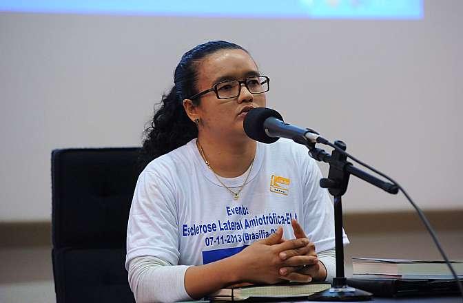 Seminário: Pró-Cura da Esclerose Lateral Amiotrófica (ELA). Presidente Pró-Cura da ELA, Sandra Mota