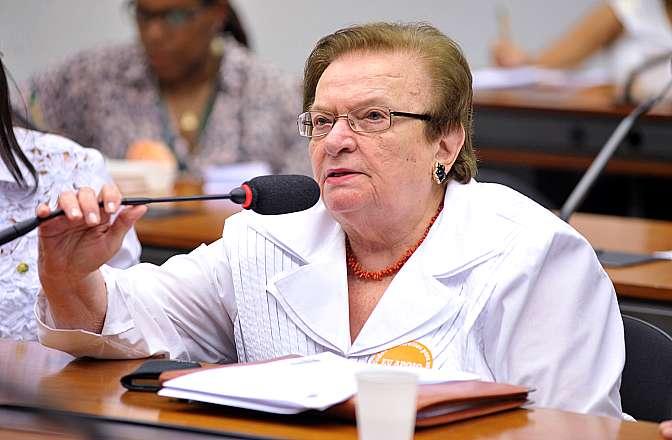Reunião para discussão e votação do parecer do relator, dep. Nilmário Miranda (PT-MG). Dep. Luiza Erundina (PSB-SP)