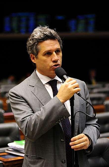 Análise do projeto de novo Código de Processo Civil (CPC) - (PL 8046/10, apensado ao PL 6025/05). Dep. Paulo Teixeira (PT-SP)
