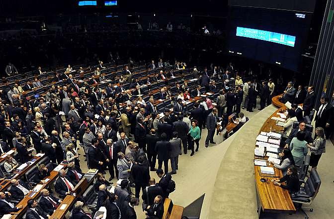 Sessão de votação dos vetos da (PLS 98/2002), que trata da criação de municípios