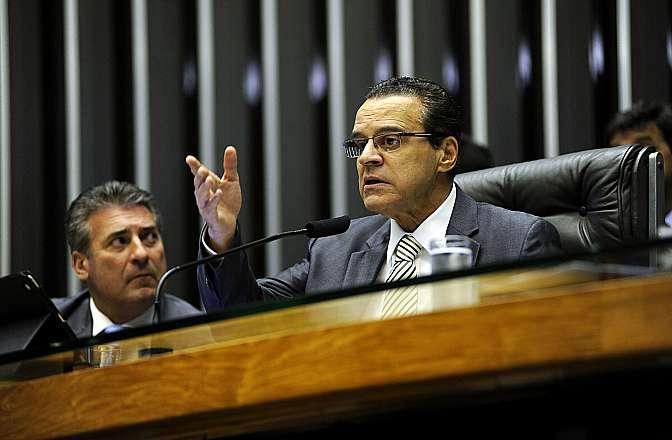 Votação dos destaques do novo Código de Processo Civil (PL 8046/10). Presidente da Câmara, dep. Henrique Eduardo Alves (PMDB-RN)