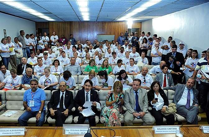 Seminário regulamentação da jornada de trabalho dos profissionais de Enfermagem