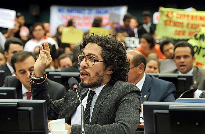 Discussão e votação do parecer do relator, deputado Angelo Vanhoni (PT-PR). Dep. Jean Wyllys (PSOL-RJ)