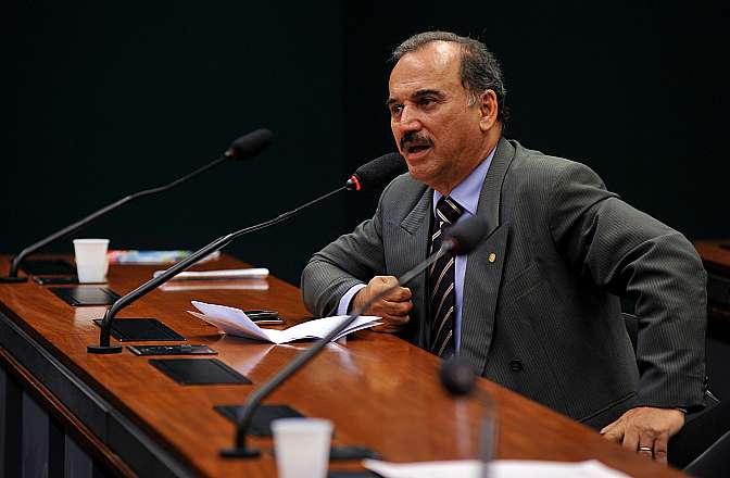 Audiência pública para discutir os preços das passagens aéreas no Brasil. Dep. José Carlos Vieira (PSD-SC)