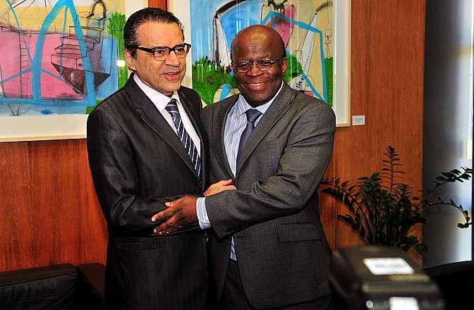 Presidente Henrique Eduardo Alves recebe o presidente do STF Joaquim Barbosa
