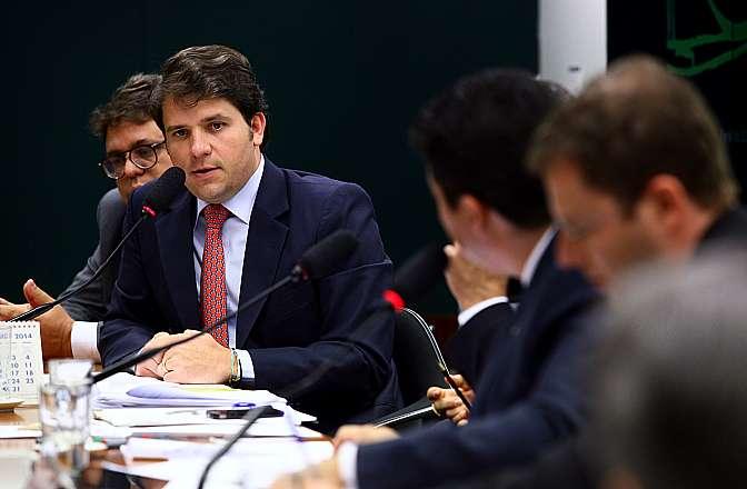 Argôlo nega denúncias sobre transações financeiras irregulares com doleiro Youssef