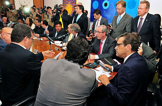 Presidente Henrique Eduardo Alves e líderes partidários definem a pauta de votações