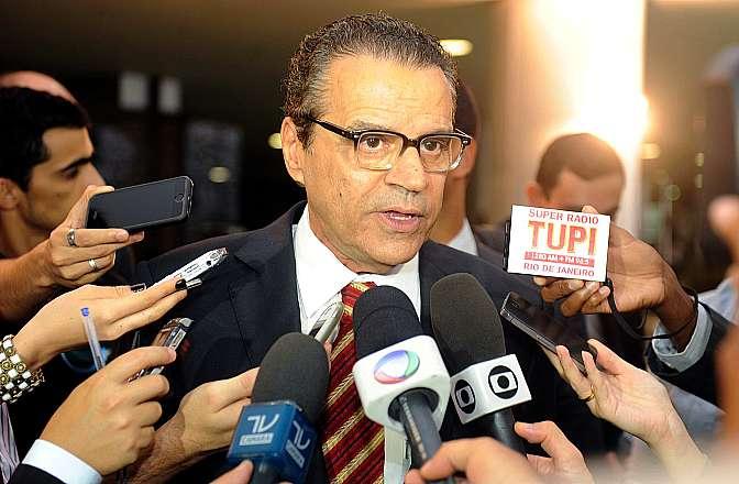 Presidente Henrique Eduardo Alves fala sobre a pauta de votações