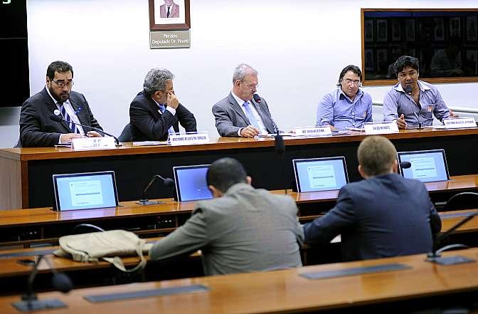Audiência Pública  para discutir sobre a saúde indígena no País