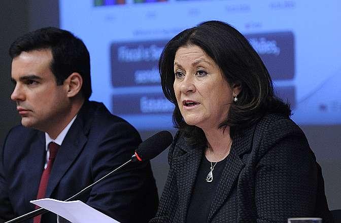 Audiência pública com a presença da ministra do Planejamento Orçamento e Gestão, Miriam Belchior para prestar esclarecimentos acerca do Projeto de Lei nº 13/2014-CN, que estima a receita e fixa a despesa da União para o exercício financeiro de 2015