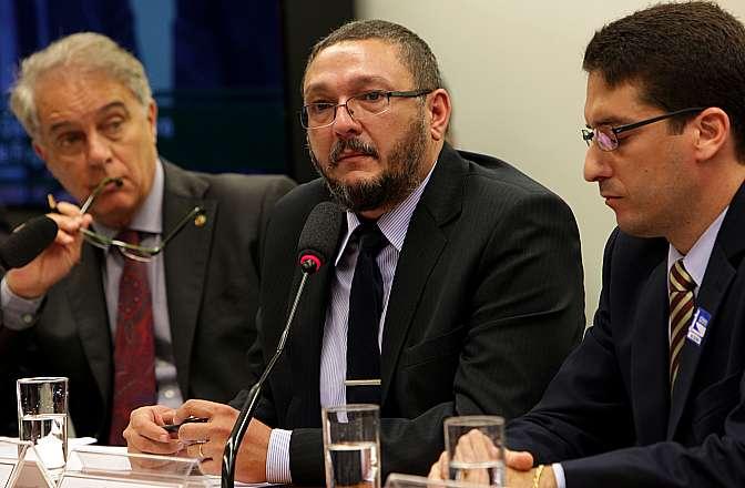Audiência Pública. Presidente do Movimento Viva Brasil, Bené Barbosa