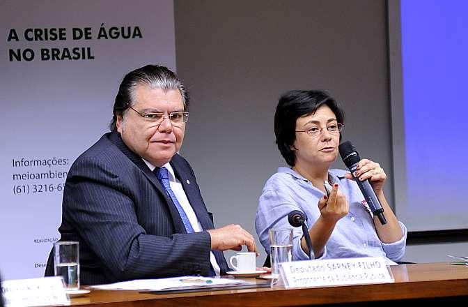 Audiência pública sobre a crise de água no Brasil. Presidente da CMADS, dep. Sarney Filho (PV-MA) e especialista em gestão de Recursos Hídricos e Meio Ambiente do Instituto Socioambiental (ISA), Marussia Whately