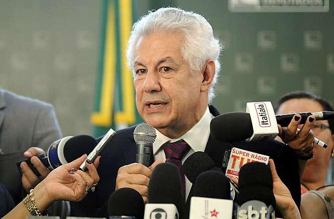 Dep. Arlindo Chinaglia (PT-SP) fala sobre sua candidatura à presidência da Câmara dos Deputados