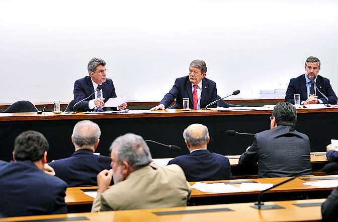 Apresentação do relatório final da CMO, pelo relator Senador Romero Jucá