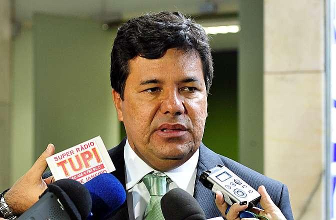Líder do DEM, dep. Mendonça Filho (PB) concede entrevista