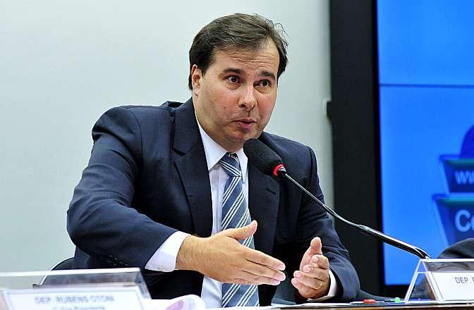 Reunião de instalação da comissão especial que vai analisar a proposta de reforma política (PEC 352/13). Presidente eleito para comissão, dep. Rodrigo Maia (DEM-RJ)