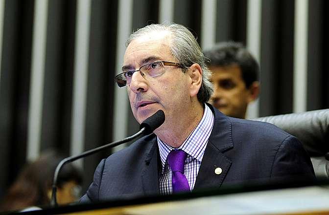 Sessão ordinária destinada a continuar a análise do Projeto de Lei 7735/14, do Executivo, que simplifica as regras para pesquisa e exploração do patrimônio genético de plantas e animais nativos e para o uso dos conhecimentos indígenas ou tradicionais sobre eles. Presidente da Câmara, dep. Eduardo Cunha (PMDB-RJ)