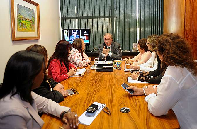 Presidente Eduardo Cunha recebe em audiência a ministra da Secretaria de Políticas para as Mulheres da Presidência da República Eleonora Menicucci e deputadas da Secretaria da Mulher da Câmara