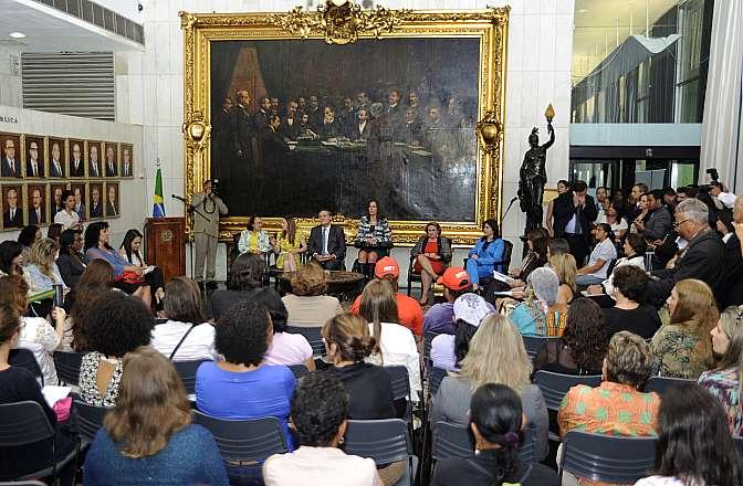 Cerimônia de abertura dos trabalhos da Comissão