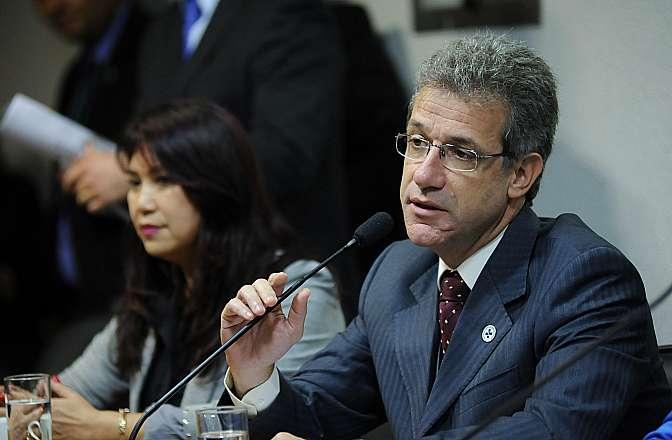 Reunião com participação do ministro da saúde Arthur Chioro