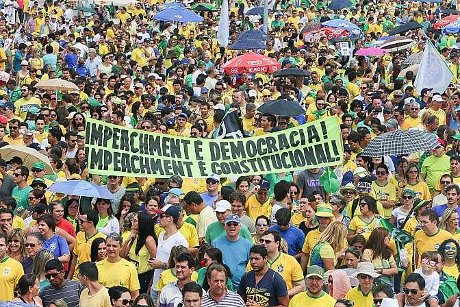 Resultado de imagem para impeachment dilma 2015