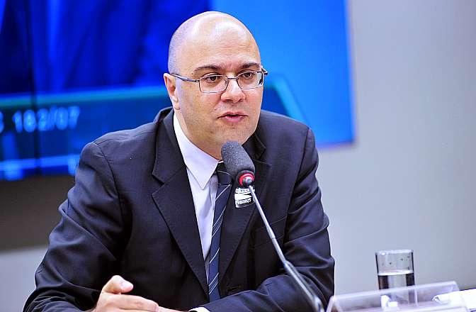 Reunião Ordinária. Cientista Político, professor Jairo Nicolau