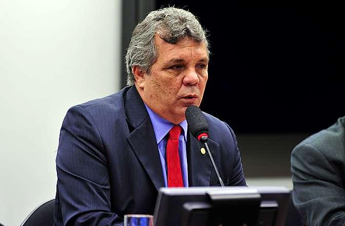 Reunião para instalação, eleição do presidente e dos vice-presidentes da comissão. Presidente eleito para comissão, dep. Alberto Fraga (DEM-DF)