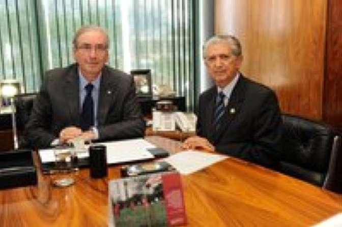 Cunha se reune com presidente do STM, William de Oliveira Barros.