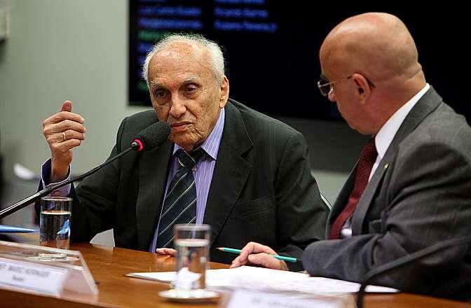 Audiência pública com o empresário da construção civil, Luiz Roberto Ponte, autor da Lei 8.666/93