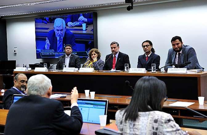 Comissão de Direitos Humanos promoveu debate sobre as ações recentes e os principais desafios do setor (Foto: Gabriela Korossy - Câmara dos Deputados)
