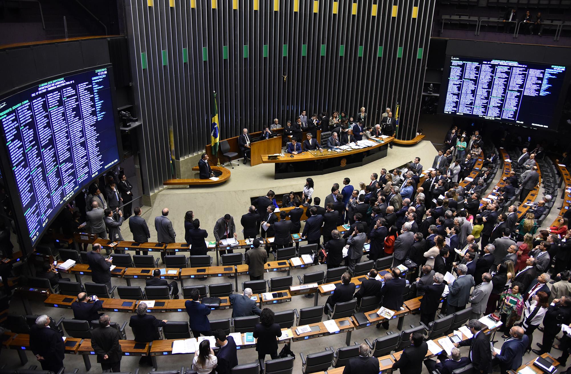 Câmara - Plenário - sessão presidida por Eduardo Cunha ordem do dia