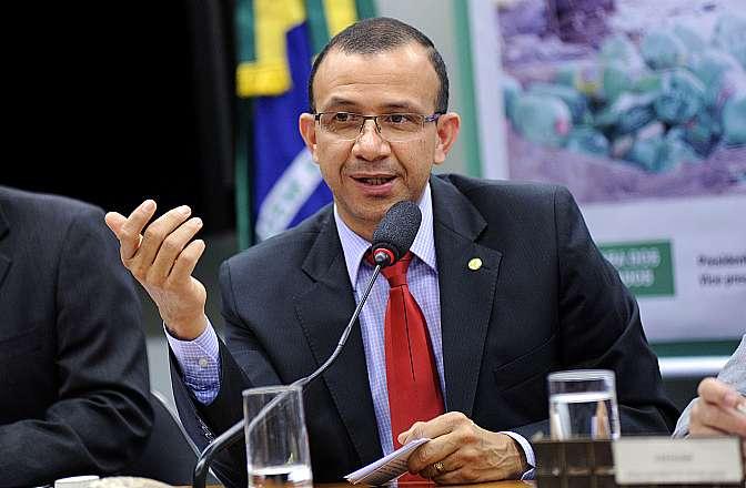 Lançamento de Frente. Dep. Carlos Gomes (PRB-RS)