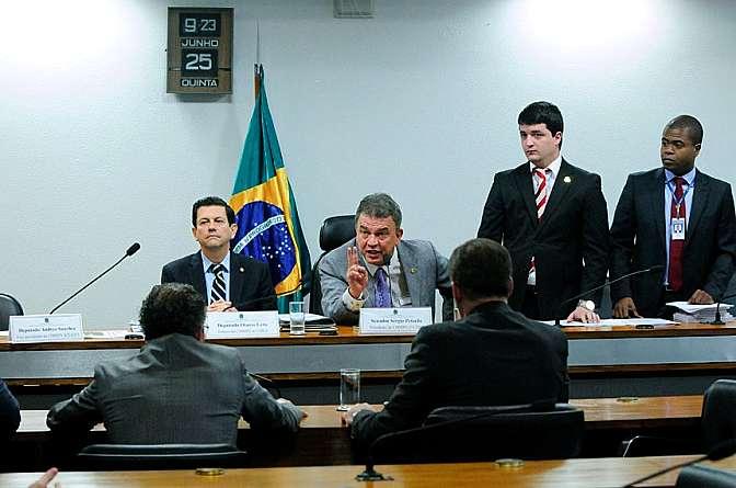 Reunião da Comissão mista da MP do Futebol (671/15) - aprovação