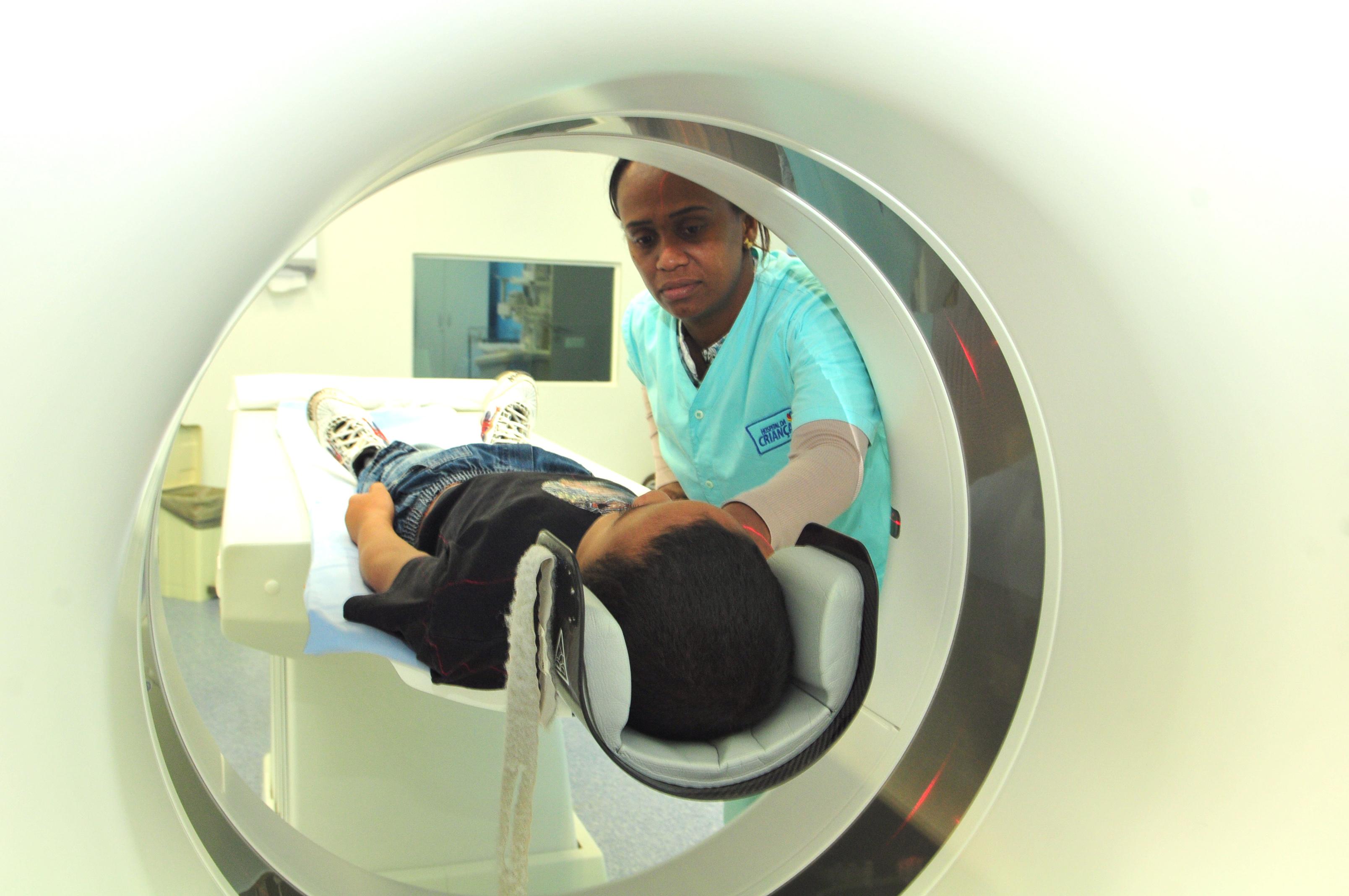 Saúde - geral - exame diagnóstico tomografia tratamento hospital