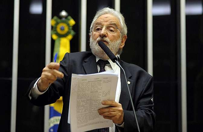 Ordem do dia destinada a votar novas regras eleitorais. Dep. Ivan Valente (PSOL-SP)