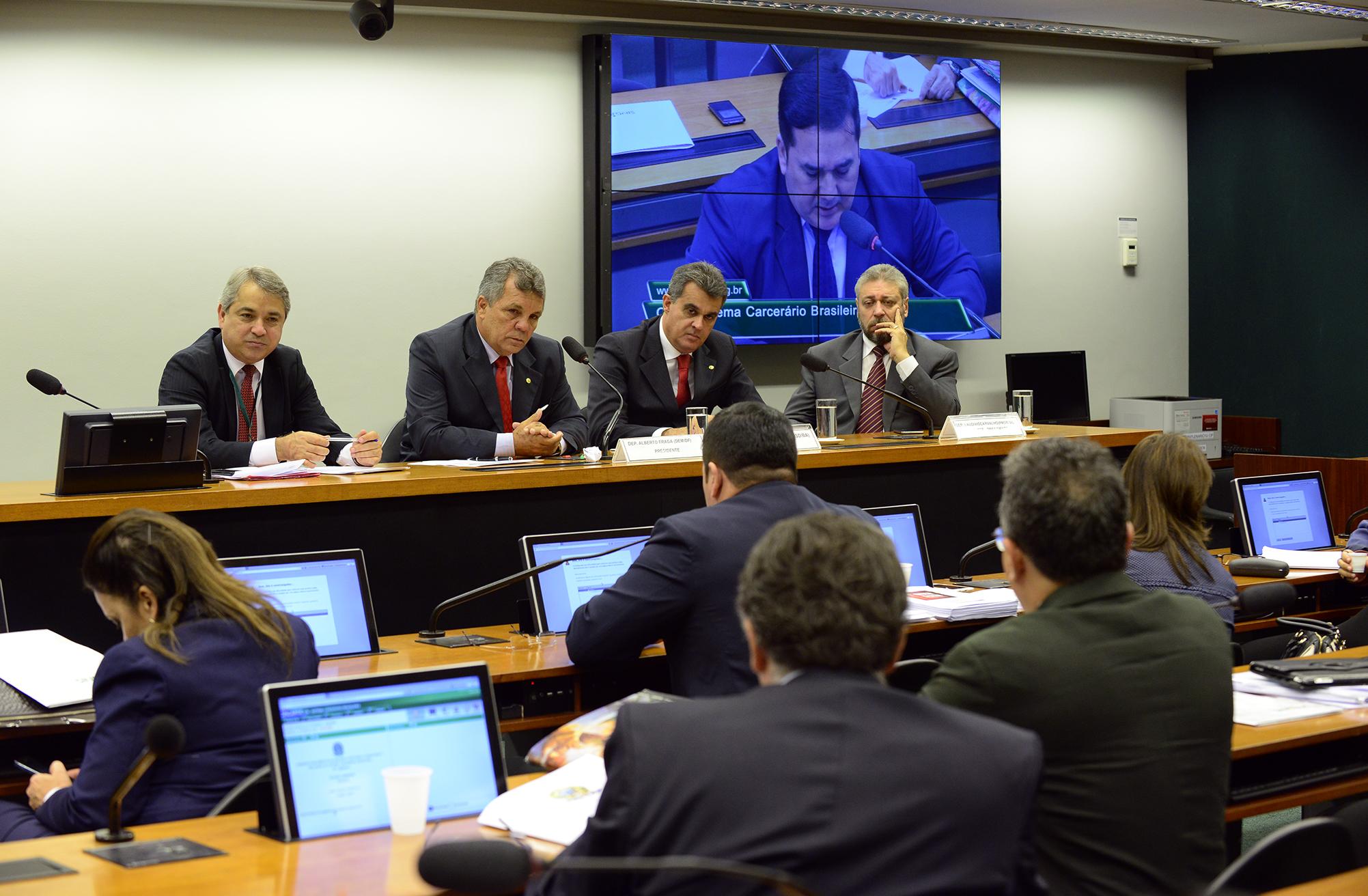 Reunião para apresentação de sugestões ao Relatório Final da CPI