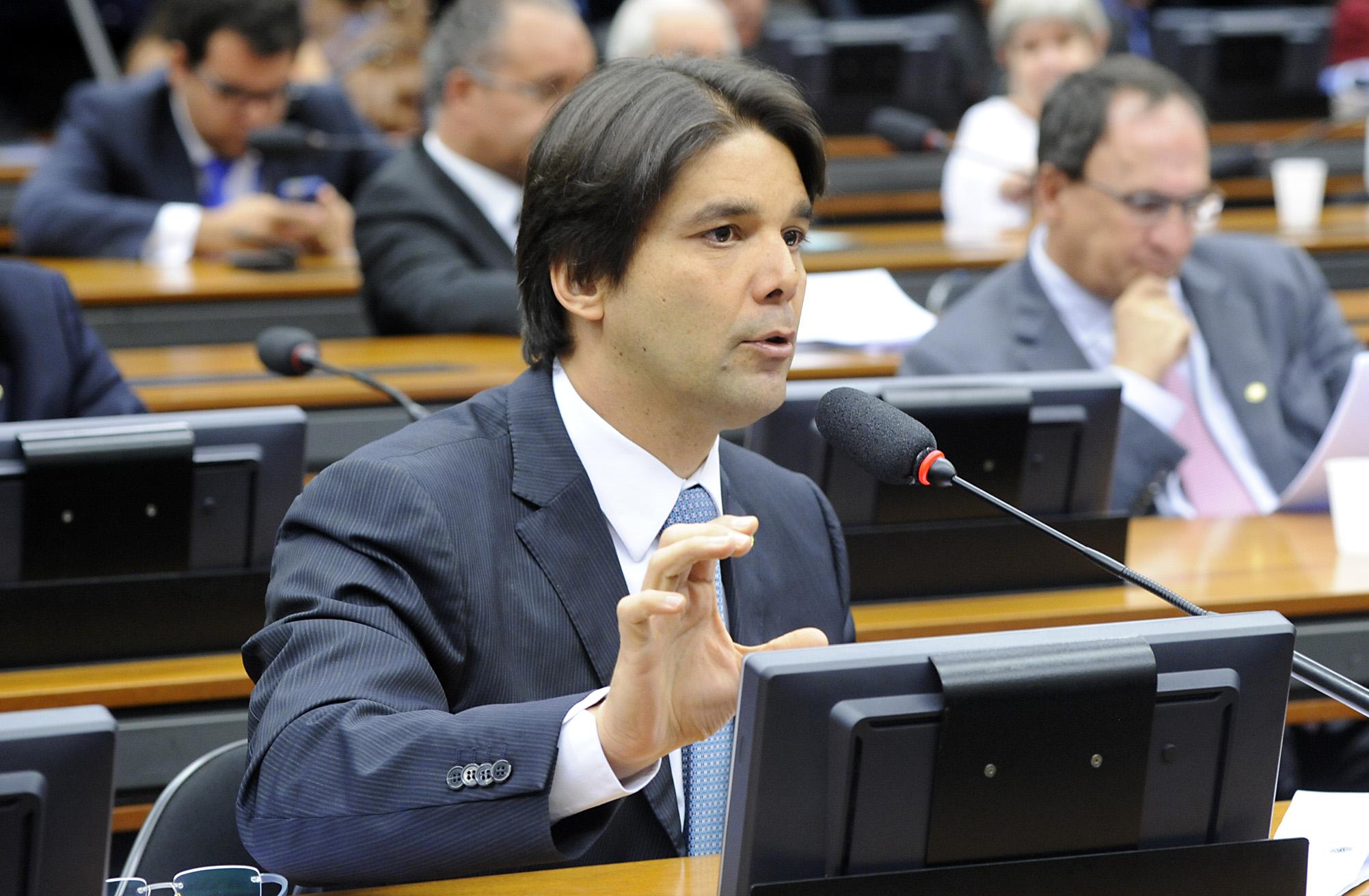 Reunião para discussão e votação do parecer. Dep. Felipe Maia (DEM-RN)